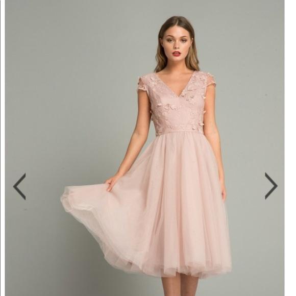 b3a3c53b205f0 Chi Chi London Dresses